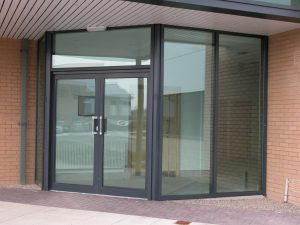 SMART-Aluminium-Shopline-Commercial-Doors